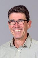 Professor Streffen Stenger